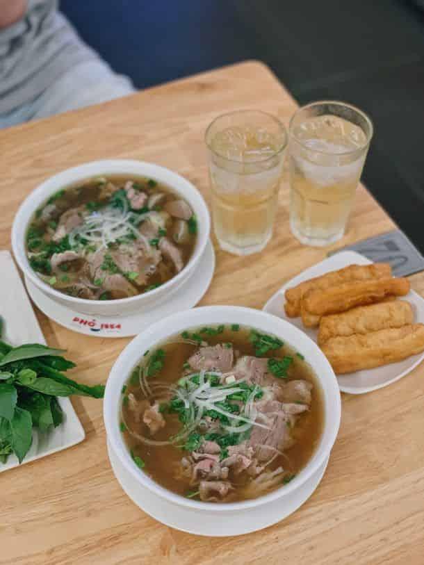 Hương Vị Phở Bắc Giữa Lòng Sài Gòn | Grab VN