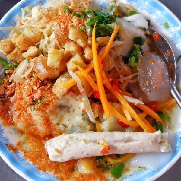 Ảnh 6: Bánh bèo thập cẩm chợ Nguyễn Tri Phương