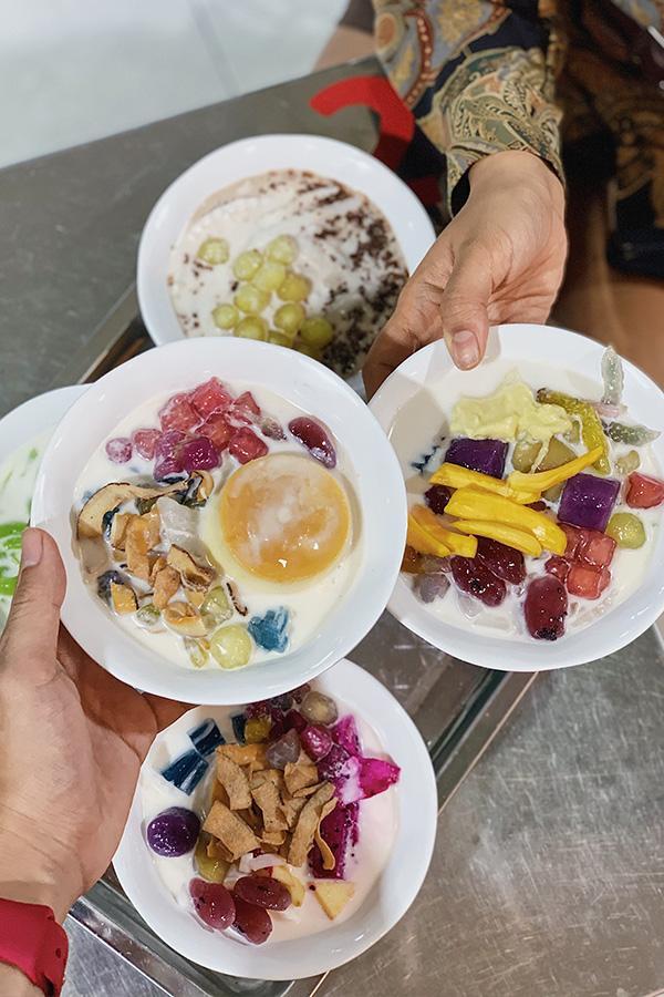 Ảnh 1: Chè dừa dầm Thái Lan