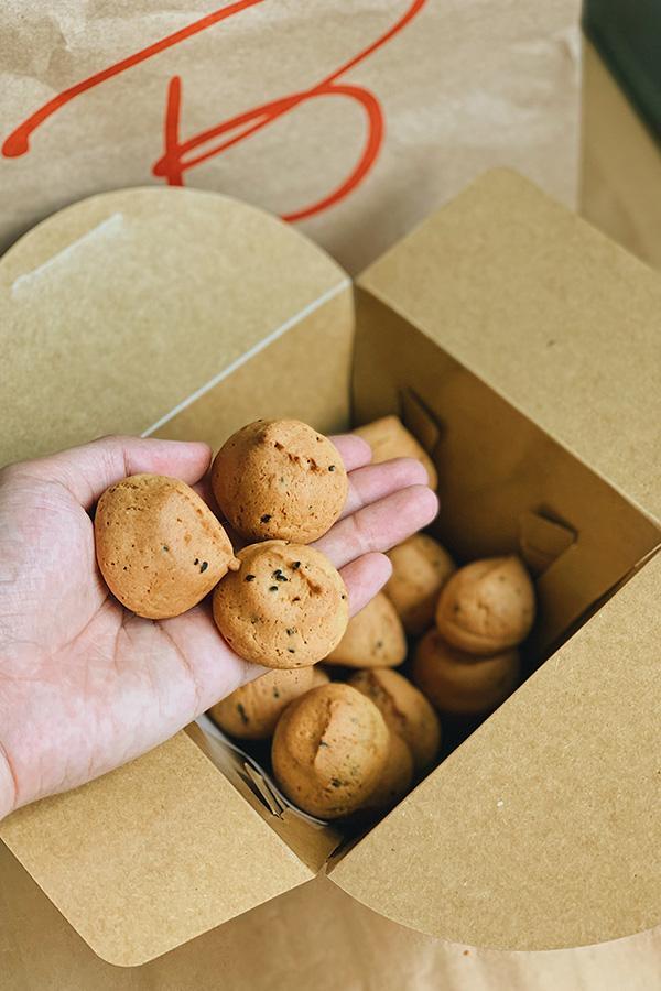 Ảnh 3: Bánh mì mè Basta Hiro
