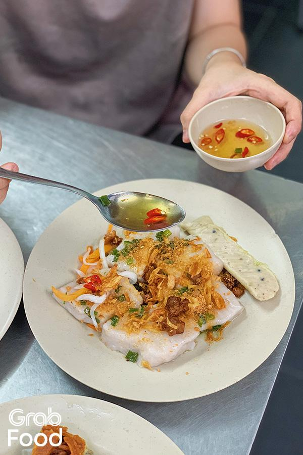 ăn trưa Sài Gòn