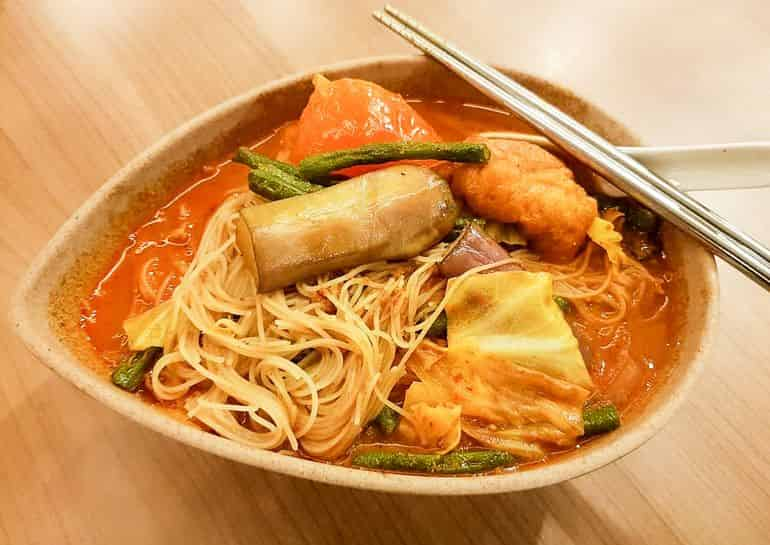Vegetarian restaurants in KL: Curry beehoon from Organic Recipe