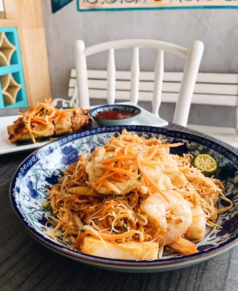 Food guide to TTDI Kuala Lumpur: Nyonya mee siam at alibaba and nyonya