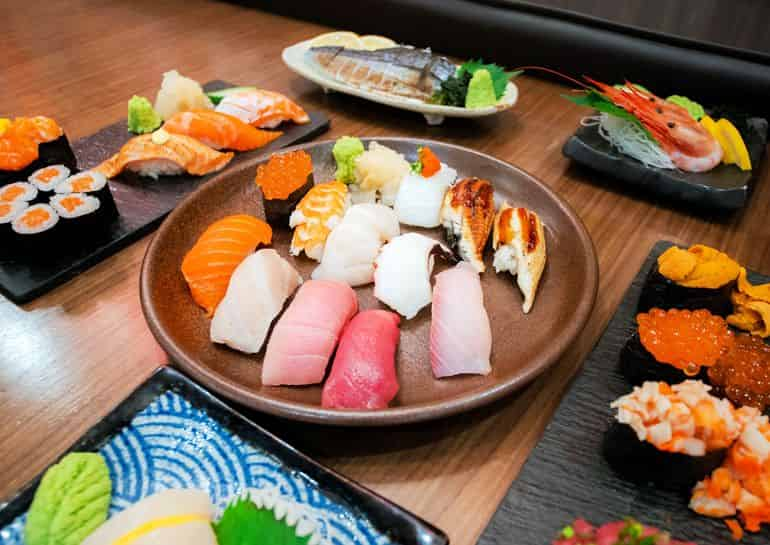 Japanese restaurants in KL: A range of nigiri and sushi rolls at Shakariki 432