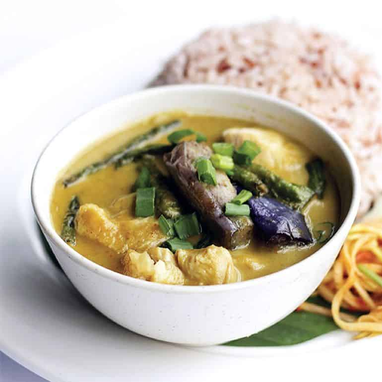Best Thai restaurants in KL: green chicken curry at My Elephan