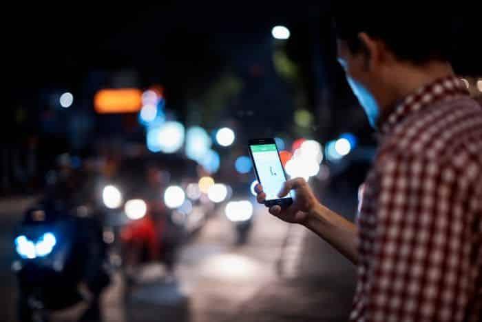 Penumpang dihimbau untuk memasukan lokasi yang akurat pada aplikasi Grab untuk mempercepat proses penjemputan
