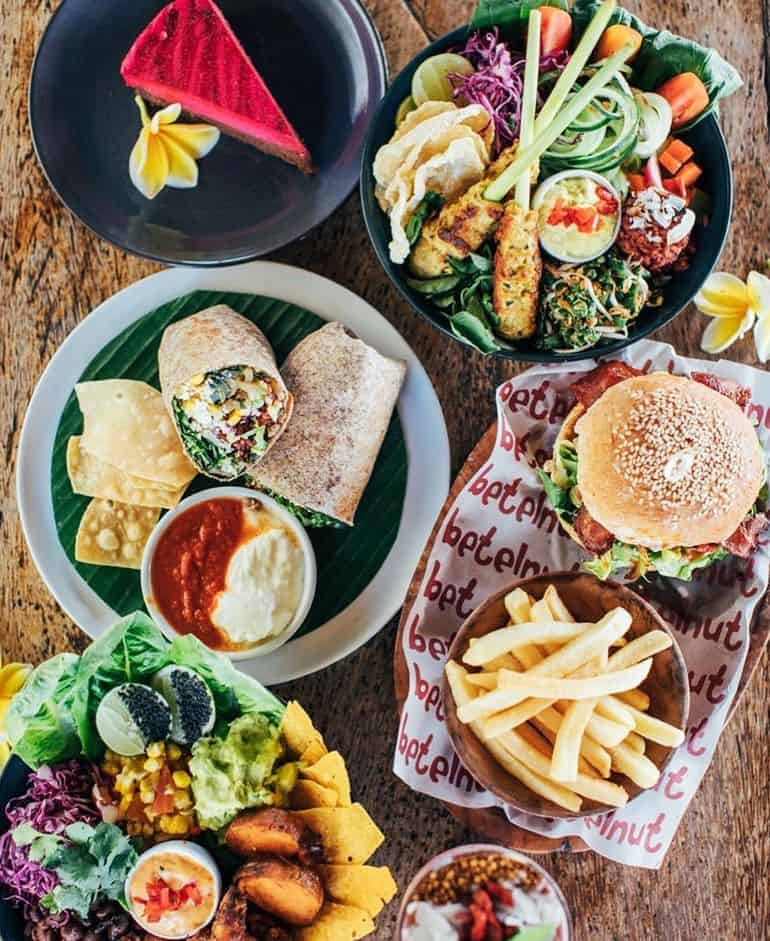 Best cafes in Bali: burgers, wraps and cake at Betelnut Canggu