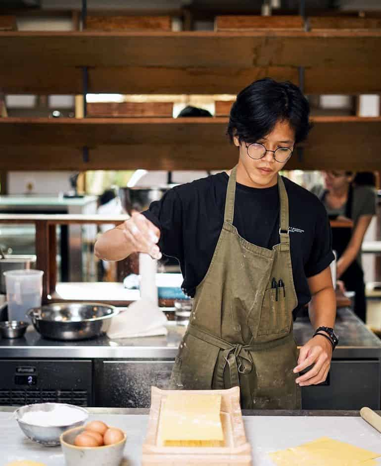 Best Bali cafes: Parachute bakery Canggu